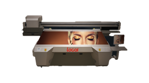 LOCOR UV2513, un plotter de impresión UV plano de gran formato único